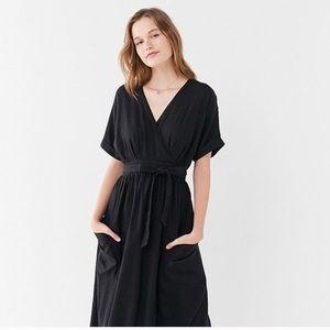 Urban outfitters Gabrielle dress linen wrap midi
